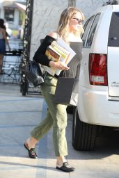 Hilary Duff  - Melrose Place in West Hollywood 07/26/2018