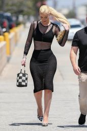 Iggy Azalea Arrives at Studio in LA