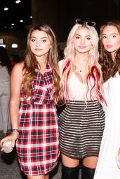 Isabella Durham, Carrington Durham and Makenzie Rooney – Los Angeles Beautycon Festival 2018