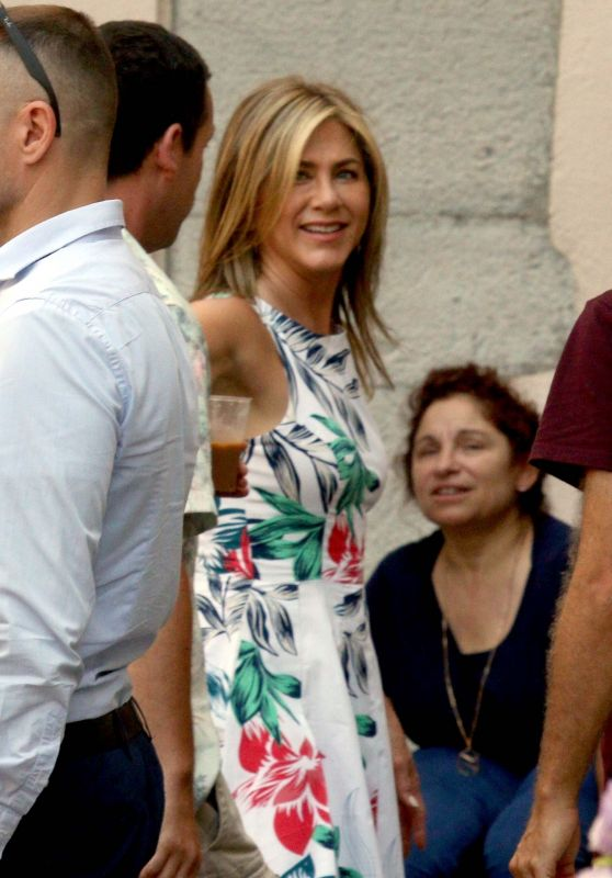 Jennifer Aniston in Lake Como in Italy 07/30/2018
