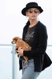 Jennifer Lawrence - Arrive at JFK Airport in NYC 07/19/2018
