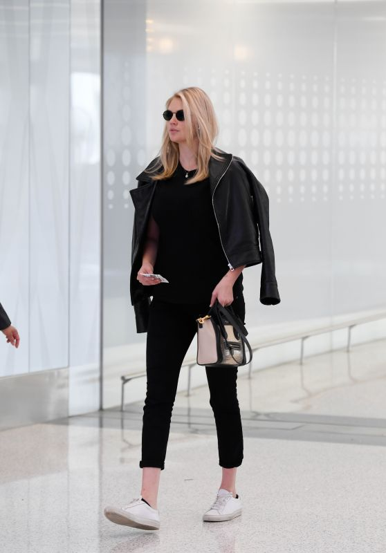 Kate Upton - Departs From LAX 07/10/2018