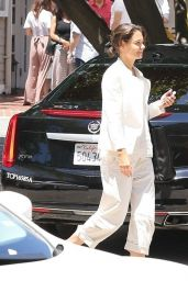Katie Holmes - Lunch Meeting on the Beach Hotel in Santa Monica