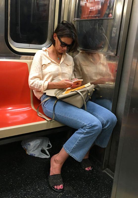 Katie Holmes on the Subway in New York City 07/26/2018