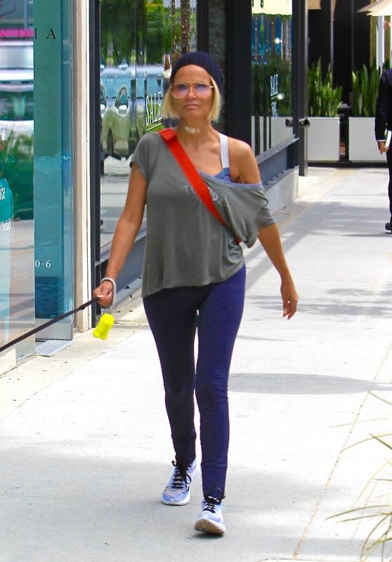 Kristin Chenoweth Street Style - Shopping in Beverly Hills