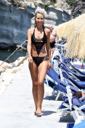Lady Victoria Hervey in Bikini - Regina Isabella Hotel in Ischia 07/19/2018