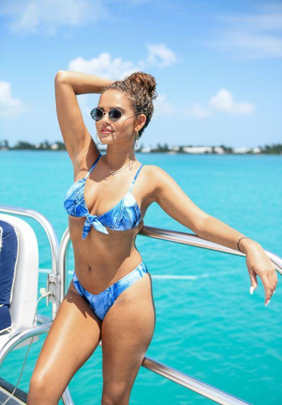 Madison Pettis – Revolve Summer 2018 Event in Bermuda