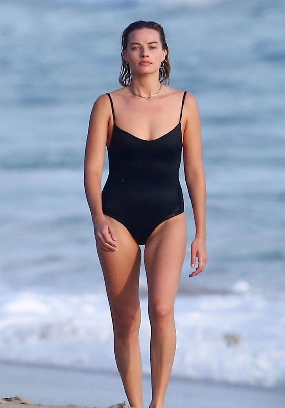 Margot Robbie in a Black Swimsuit on the Beach in Costa Rica 07/18/2018