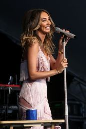 Megan McKenna - Country Music Festival in Chipping Norton 07/14/2018