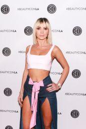 Megan Pormer – Los Angeles Beautycon Festival 2018