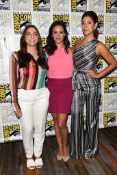 Melissa Fumero, Stephanie Beatriz and Chelsea Peretti - Brooklyn Nine-Nine Press Line at 2018 SDCC