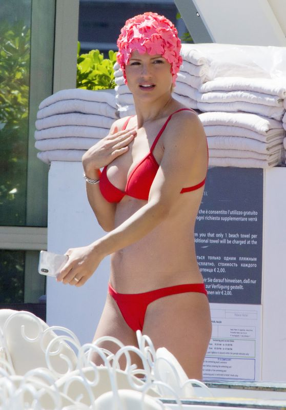 Michelle Hunziker in Bikini in the Pool in Milano Marittima