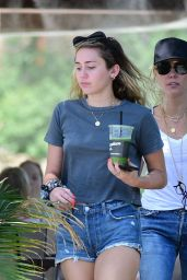 Miley Cyrus With Her Mother Tish Out in Los Angeles 07/30/2018