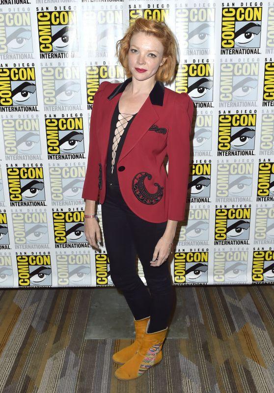 "Nicole LaLiberte - ""Twin Peaks"" Photocall at 2018 SDCC"