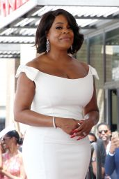 Niecy Nash - Honored With a Star on the Hollywood Walk Of Fame