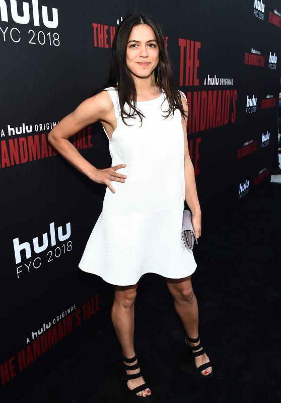 """Nina Kiri – """"The Handmaid's Tale"""" TV Show Finale in LA"""