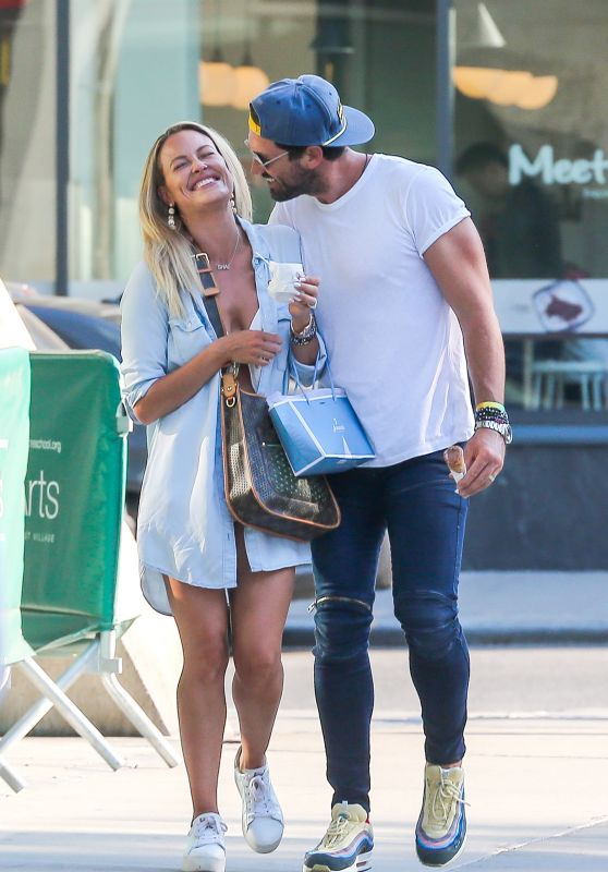 Peta Murgatroyd and Maksim Chmerkovskiy  - Step Out for Gelato in NYC