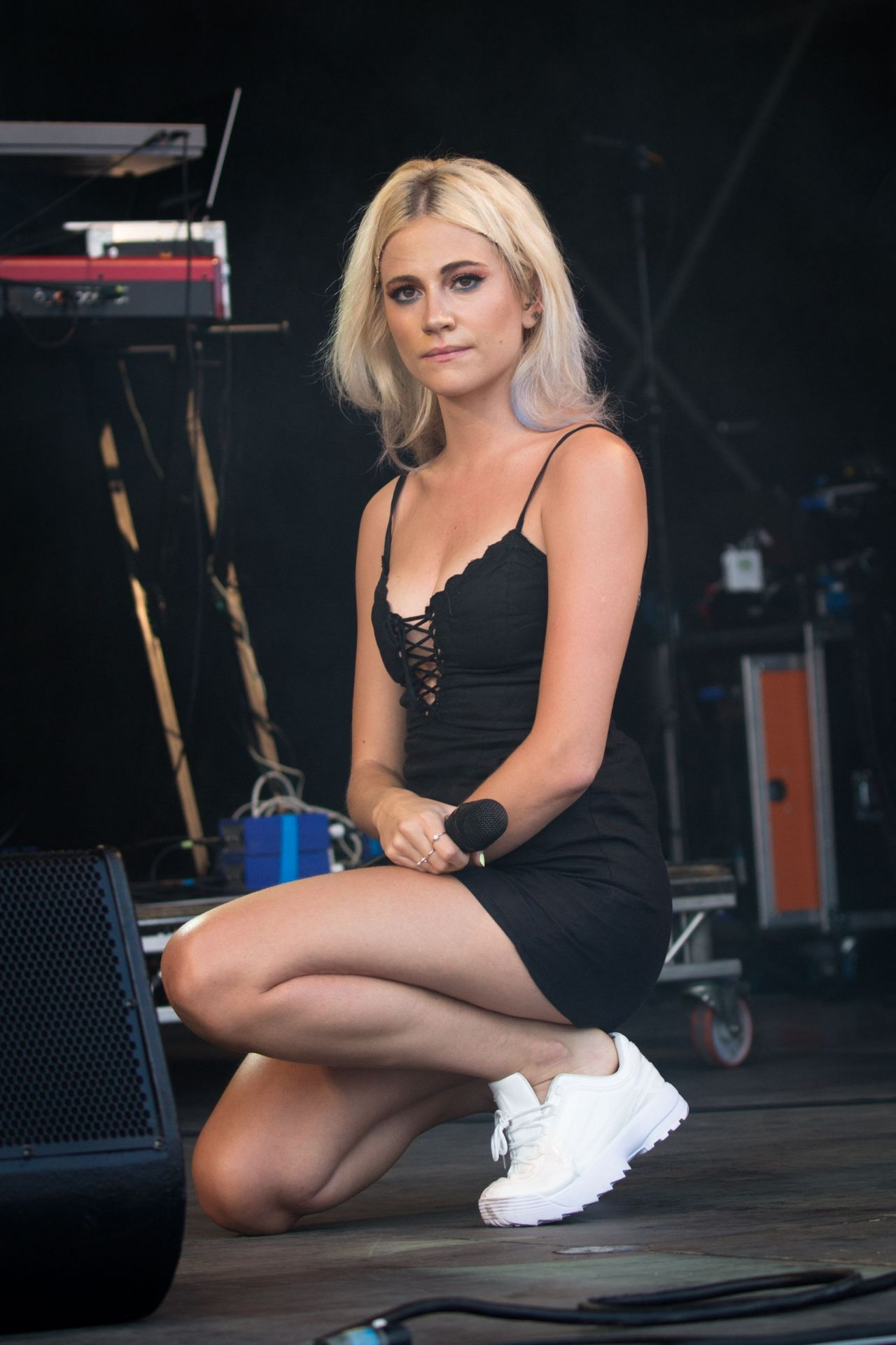 Communication on this topic: Tricia Vessey, pixie-lott/