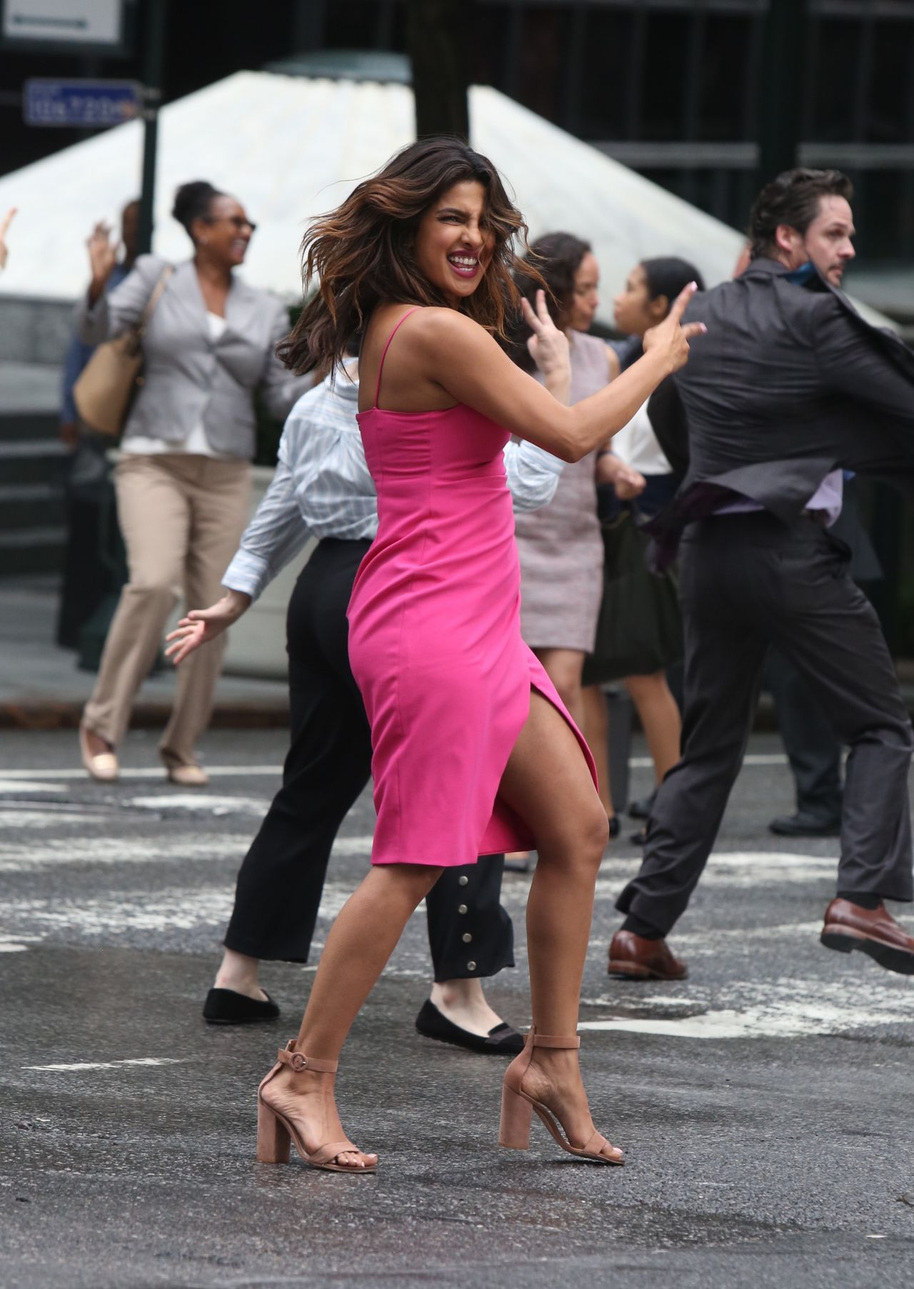 https://celebmafia.com/wp-content/uploads/2018/07/priyanka-chopra-liam-hemsworth-rebel-wilson-adam-devine-and-betty-gilpin-filming-a-dance-scene-for-isn-t-it-romantic-in-ny-18.jpg