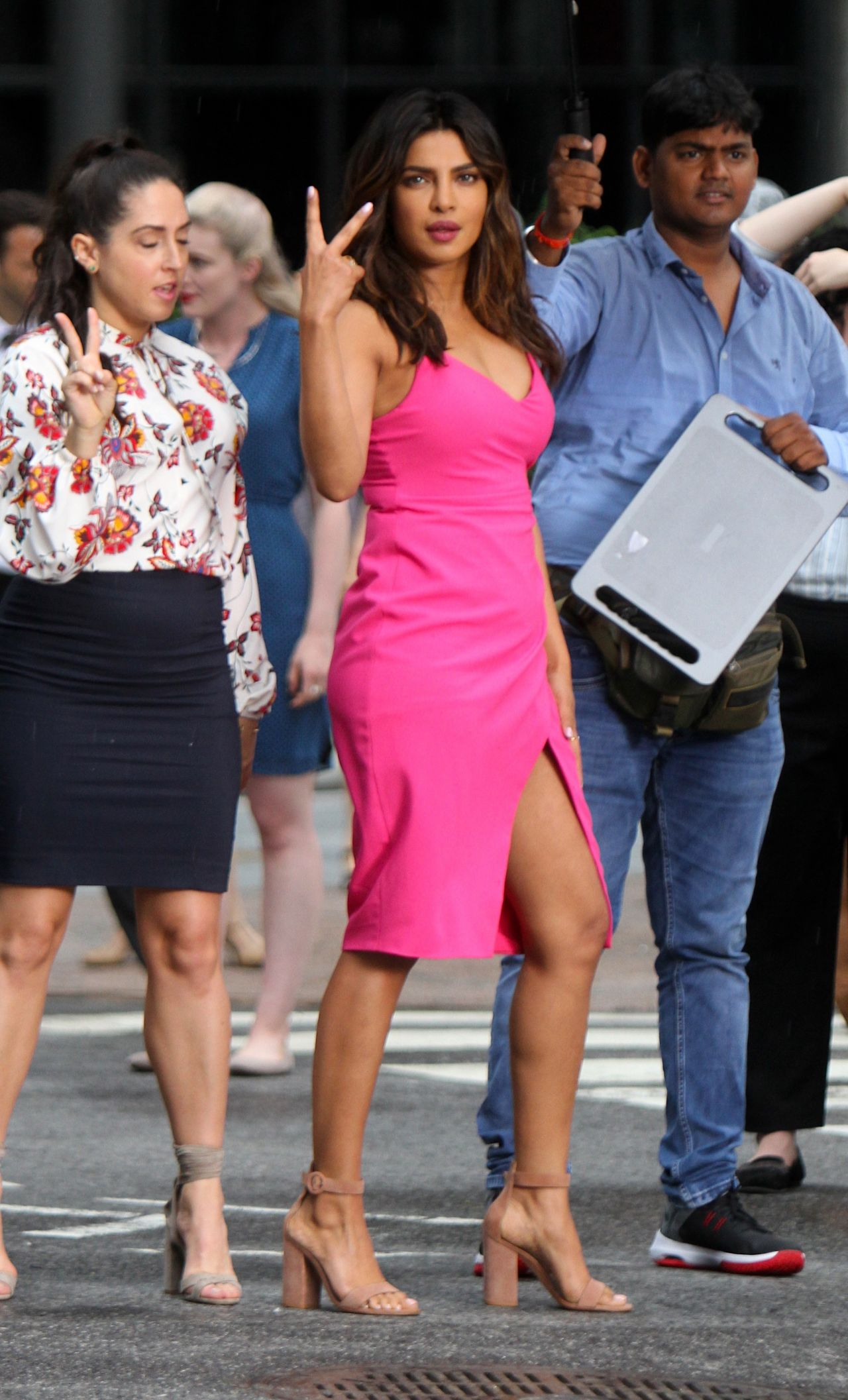 https://celebmafia.com/wp-content/uploads/2018/07/priyanka-chopra-liam-hemsworth-rebel-wilson-adam-devine-and-betty-gilpin-filming-a-dance-scene-for-isn-t-it-romantic-in-ny-6.jpg