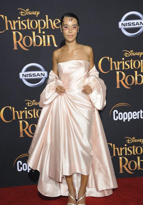"""Rainy Milo – """"Christopher Robin"""" Premiere in LA"""