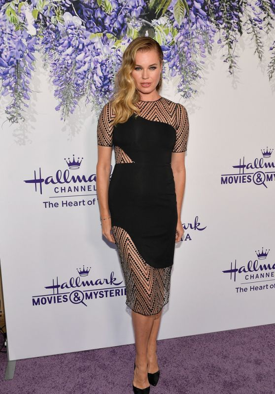 Rebecca Romijn – Hallmark Channel Summer TCA 2018 in Beverly Hills