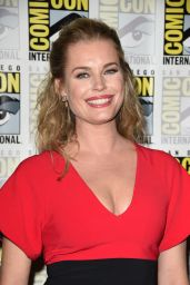 """Rebecca Romijn - """"The Death of Superman"""" Photocall at 2018 SDCC"""