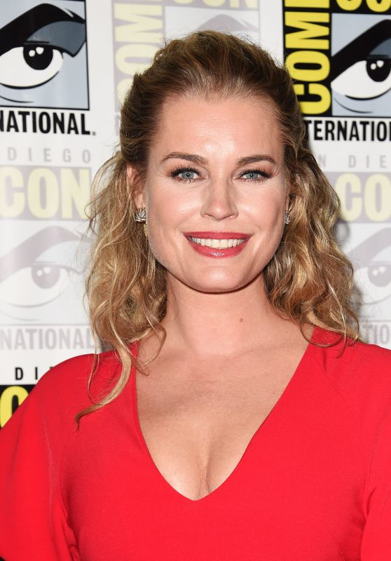 "Rebecca Romijn - ""The Death of Superman"" Photocall at 2018 SDCC"