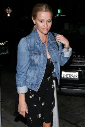 Reese Witherspoon Night Out - Dinner at Craig