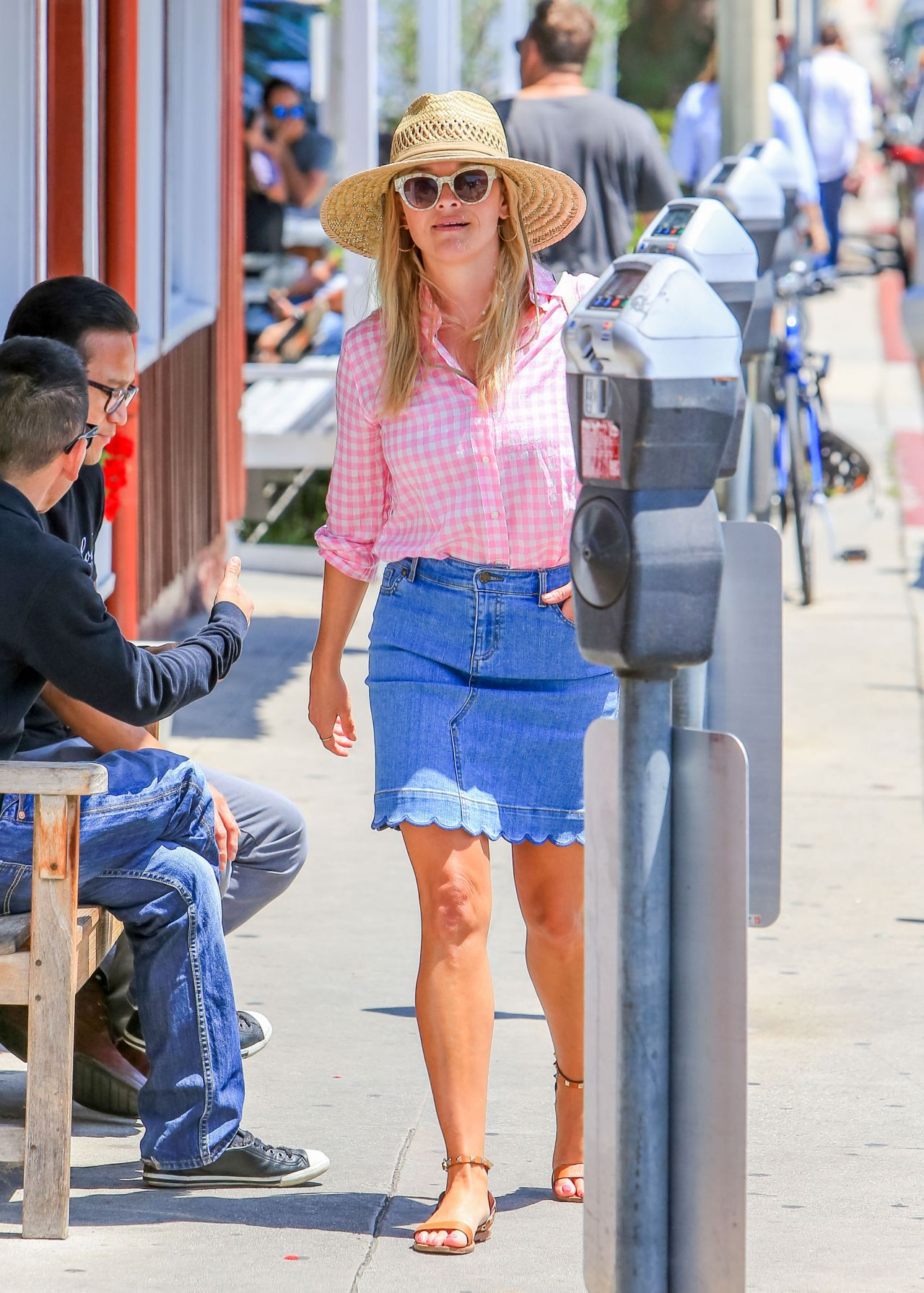 Reese Witherspoon Summer Street Style Los Angeles 07 19 2018