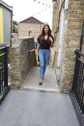 Shelby Tribble in Jeans - Fubar Radio in London