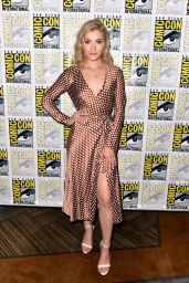 """Skyler Samuels - """"The Gifted"""" Panel at SDCC 2018"""