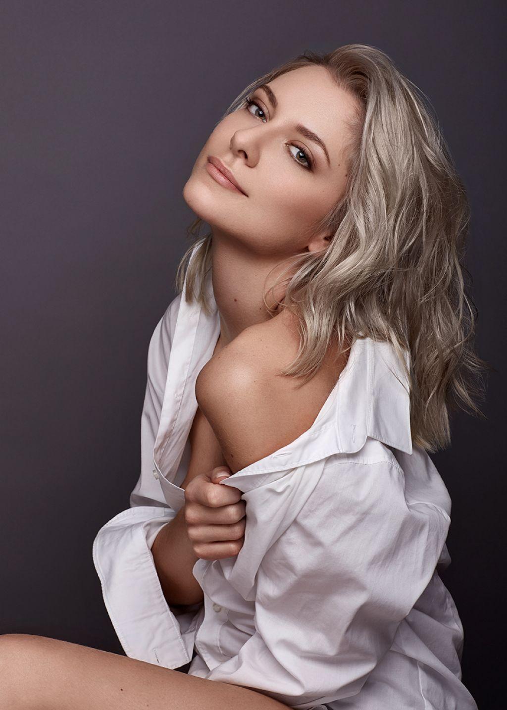 Valentina Pahde - Photoshoot 2018 • CelebMafia