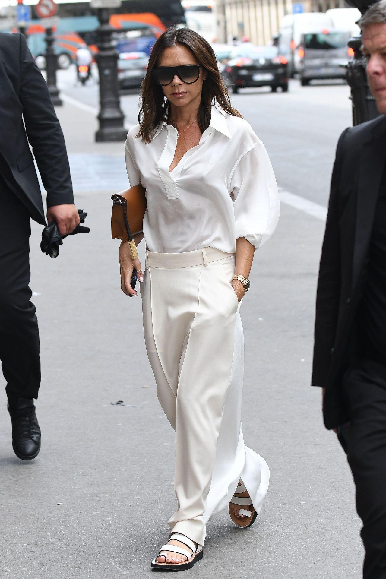Victoria Beckham In All White  05  2018