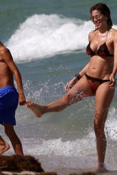 Aida Yespica in Bikini on the Beach, August 2018