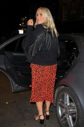Amelia Lily - Out in London 08/14/2018