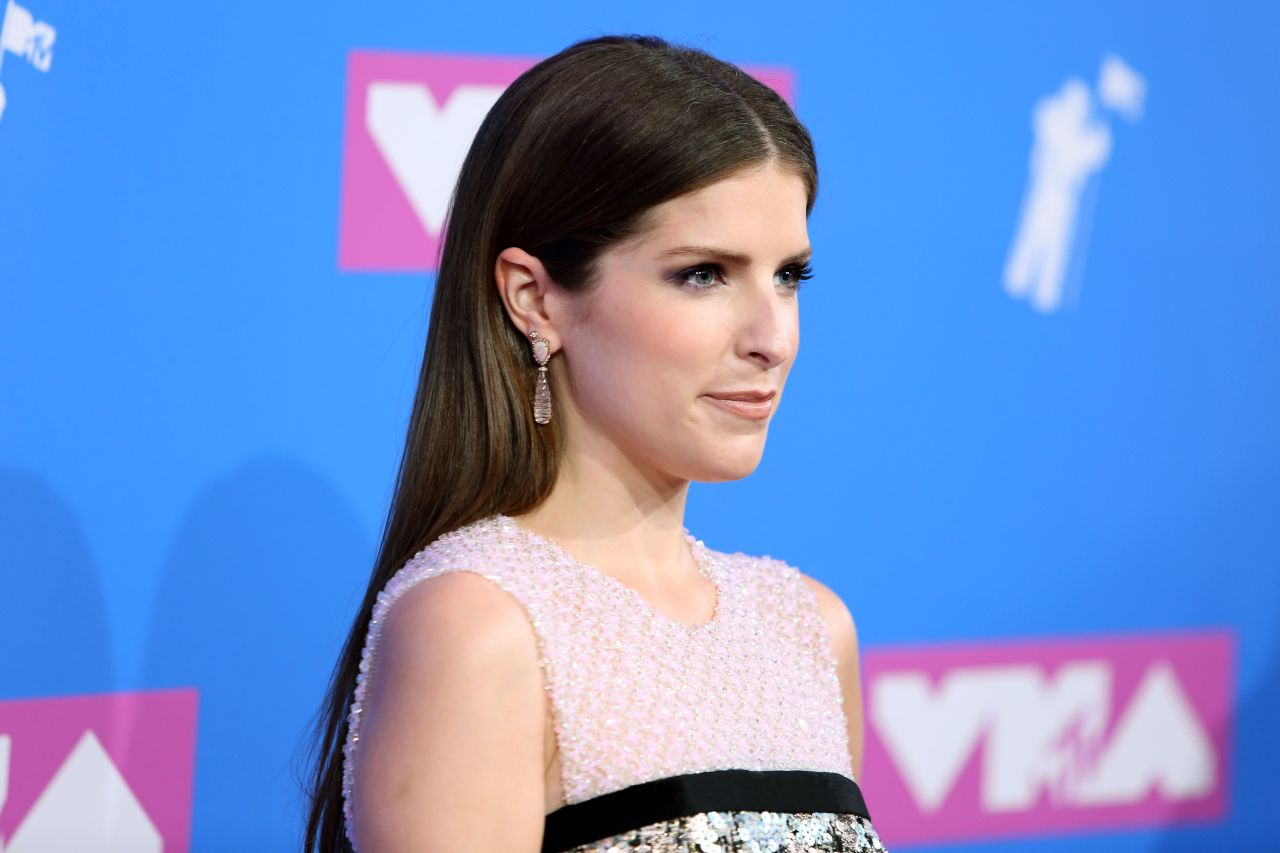 """Anna Kendrick - Cups (Pitch Perfect's """"When I'm Gone ..."""