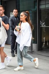 Ariana Grande - Leaves Her Apartment in New York City 08/19/2018