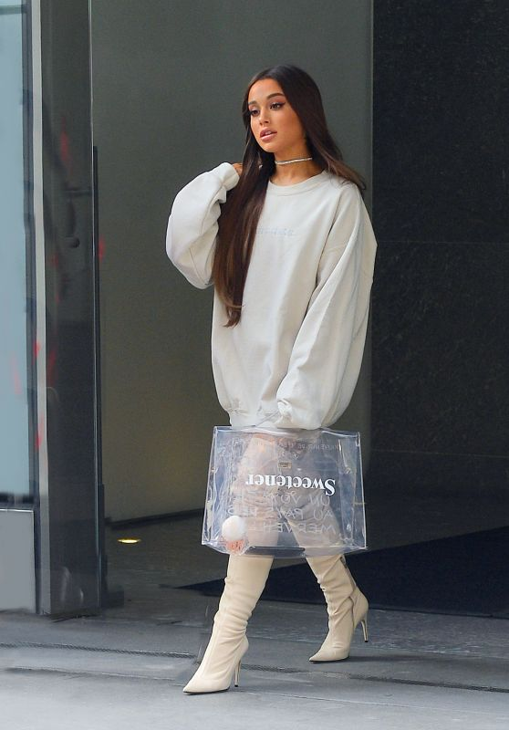 Ariana Grande - Out in NYC 08/17/2018