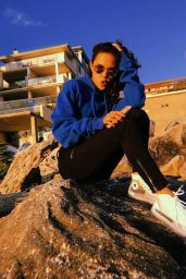 Breanna Yde - Personal Pics 08/31/2018