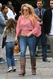 Britney Spears - Out in Paris 08/27/2018