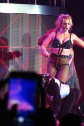 Britney Spears - World Tour in London 08/26/2018