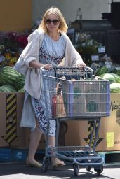 Cameron Diaz - Whole Foods in Glendale 08/25/2018