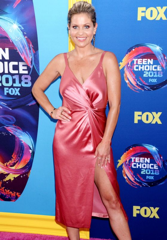 Candace Cameron Bure and Natasha Bure – Teen Choice Awards 2018