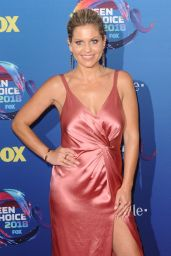 Candace Cameron Bure and Natasha Bure – Teen Choice Awards 2018