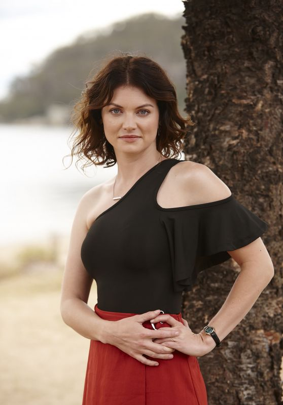 "Cariba Heine - ""Home and Away"" Promoshoot 2018"