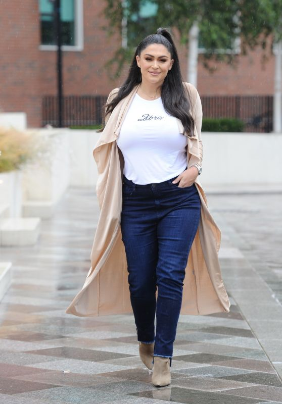 Casey Batchelor Casual Style - Leaving ITV Studios in London 08/09/2018