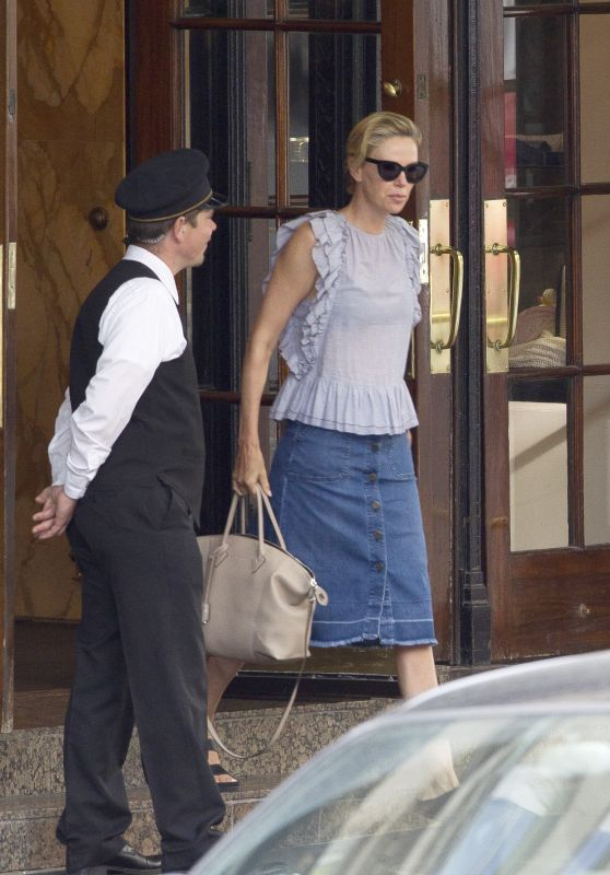 "Charlize Theron - ""Flarsky"" Filming in Montreal 08/22/2018"