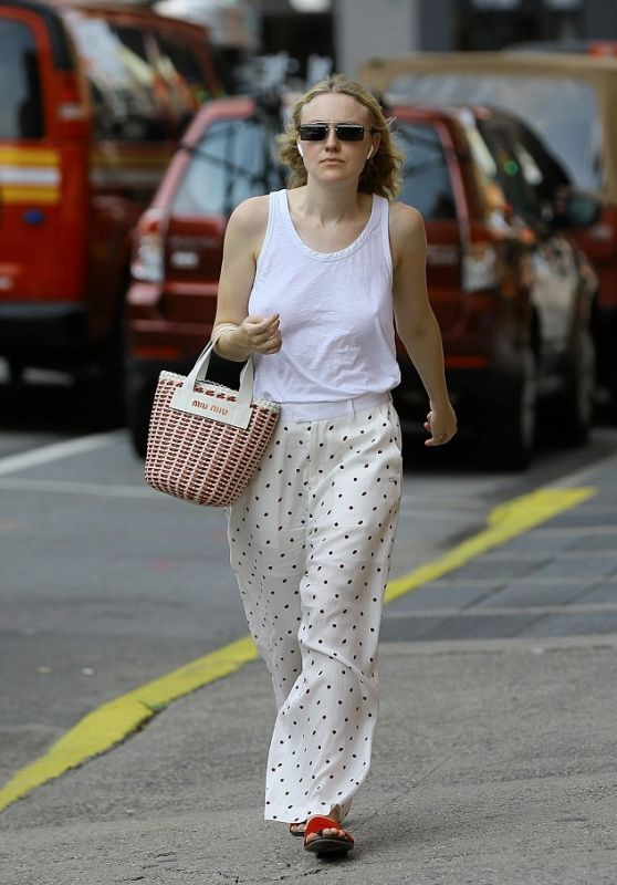 Dakota Fanning - Out in NYC 08/16/2018