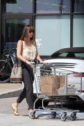 Dakota Johnson - Grocery Shopping at Vintage Grocers in Malibu 08/27/2018